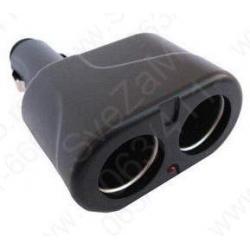 Adapter za auto upaljač sa 1 na 2